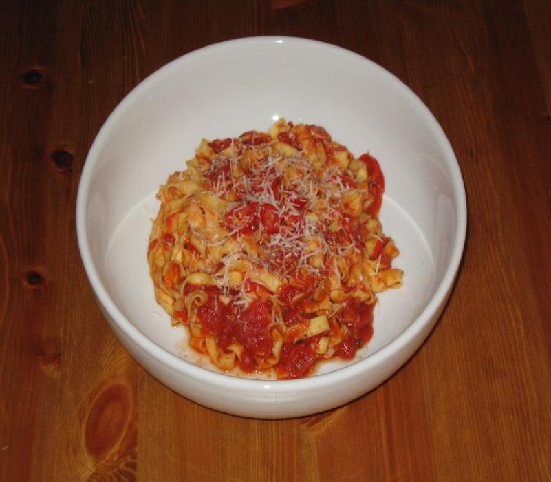 Image of Sarah's Simple Spicy Tagliatelle in a Tomato Sauce