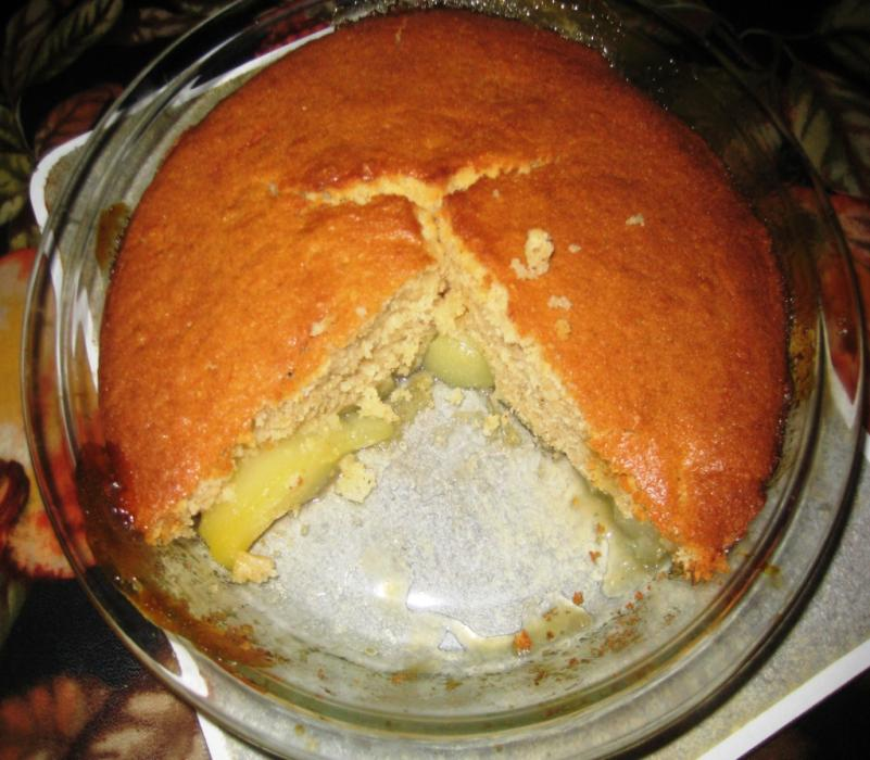 Image of Sticky ginger pear pudding