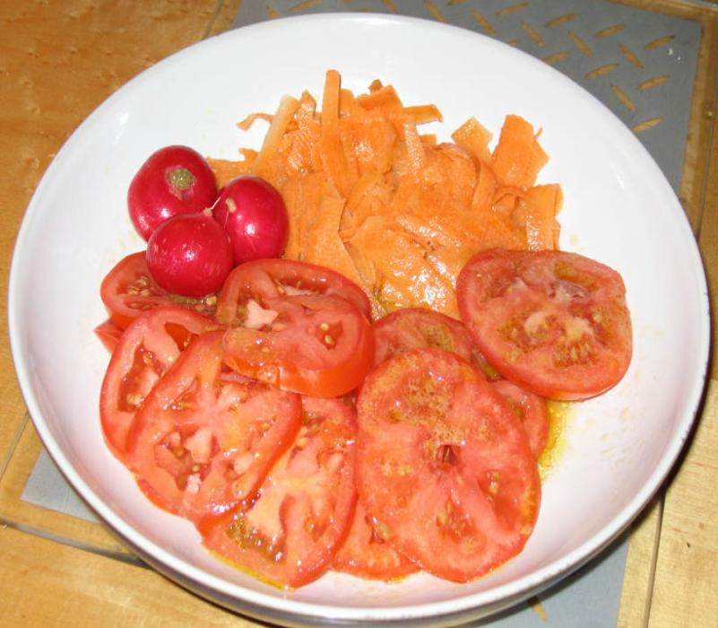 Image of Tomato and Carrot Coleslaw Salad