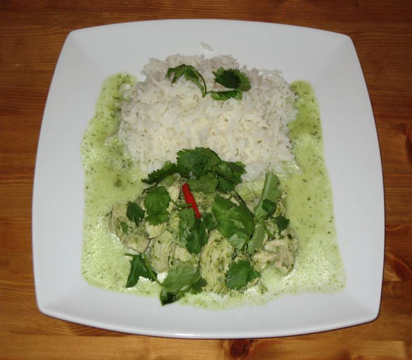 Image of Easy Home Made Thai Green Chicken Curry